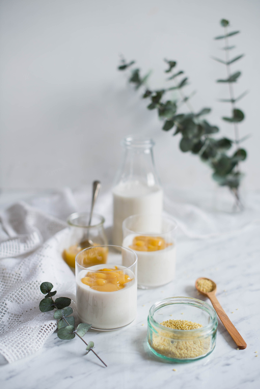 pyszny i zdrowy koktajl z kaszy jaglanej i mango