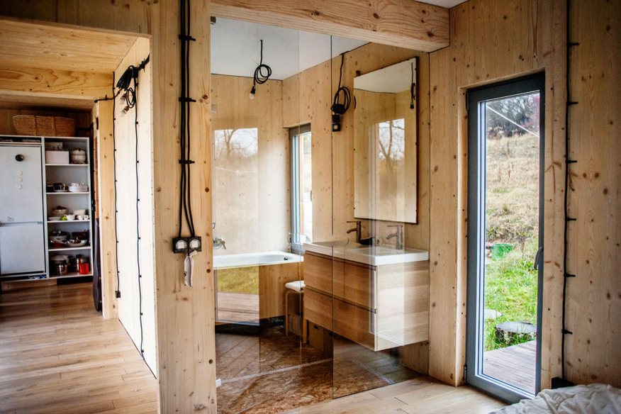 dom-modulowy--z-drewna