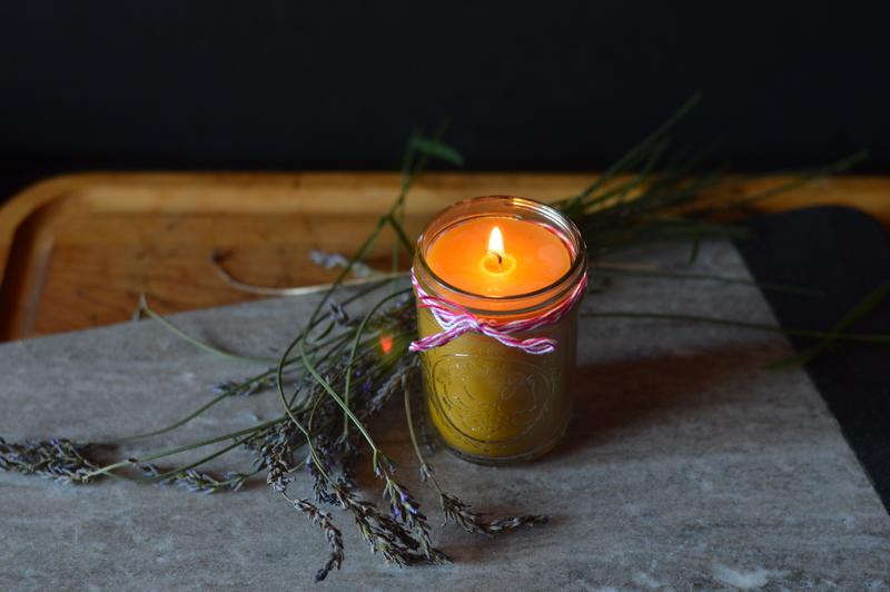 jak-zrobic-wlasna-swiece-diy-candle-beeswax