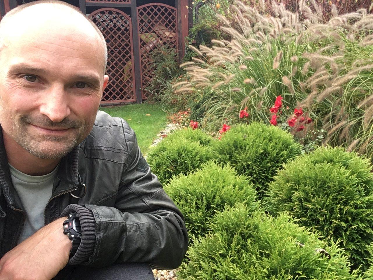 Dominik Strzelec do każdego projektu ogrodu podchodzi indywidualnie.