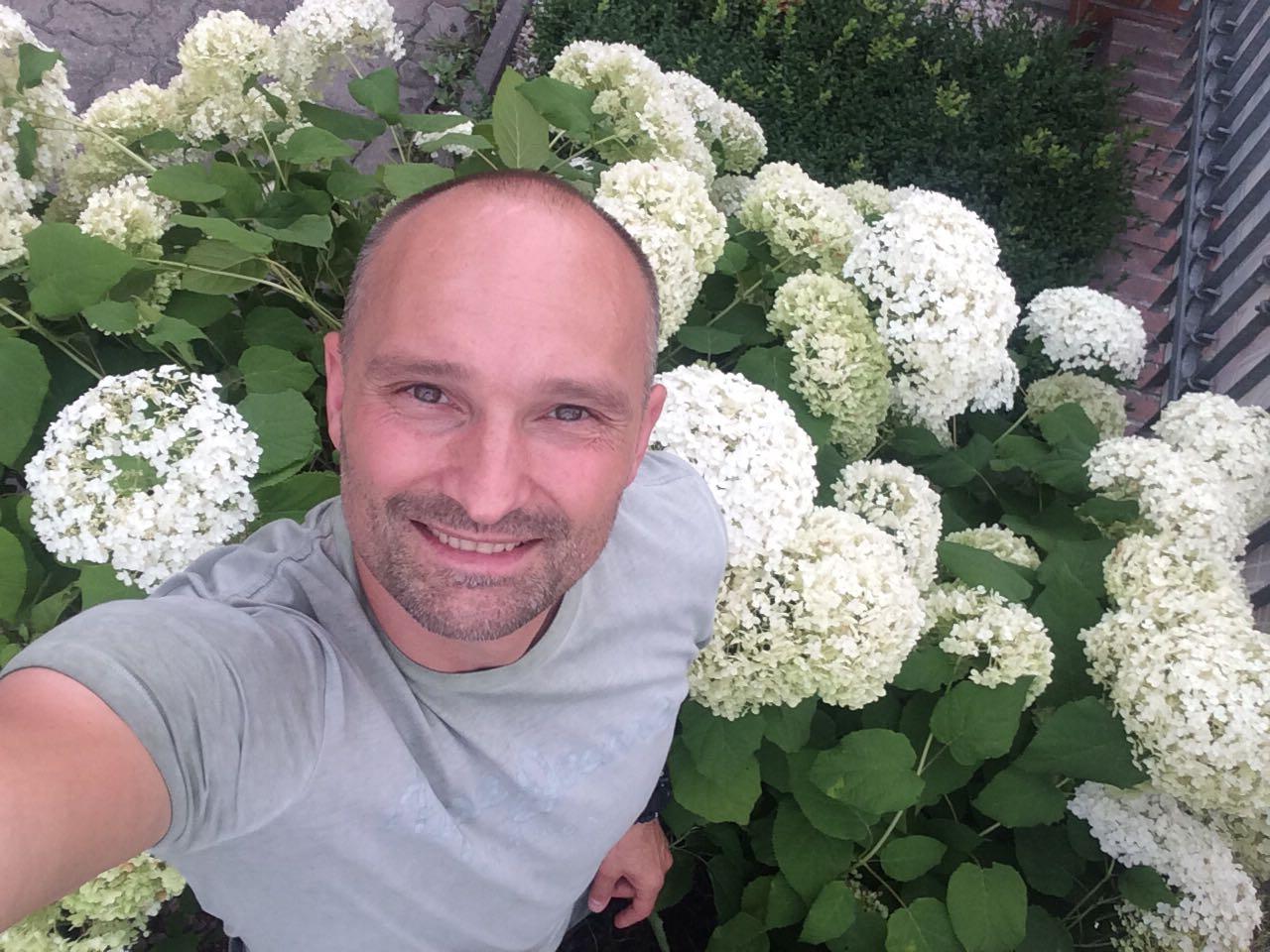 Dominik Strzelec jest dziś gościem GREEN CANOE - rozmawiamy o pasji tworzenia ogrodów.
