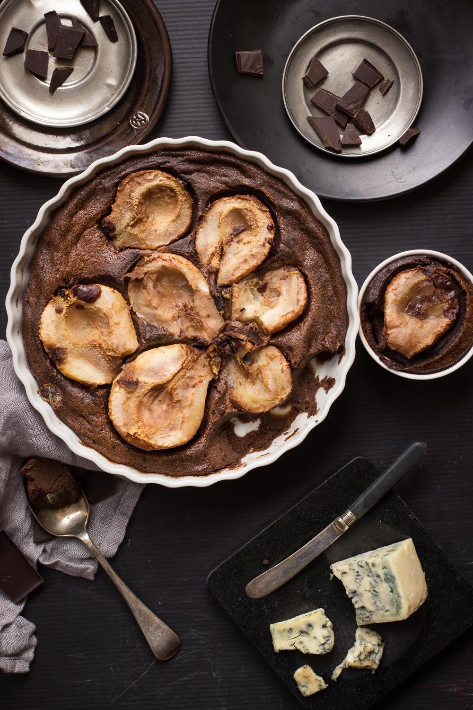 jak zrobić czekoladowe clafoutis z gruszkami i grogonzola jesienne smaki