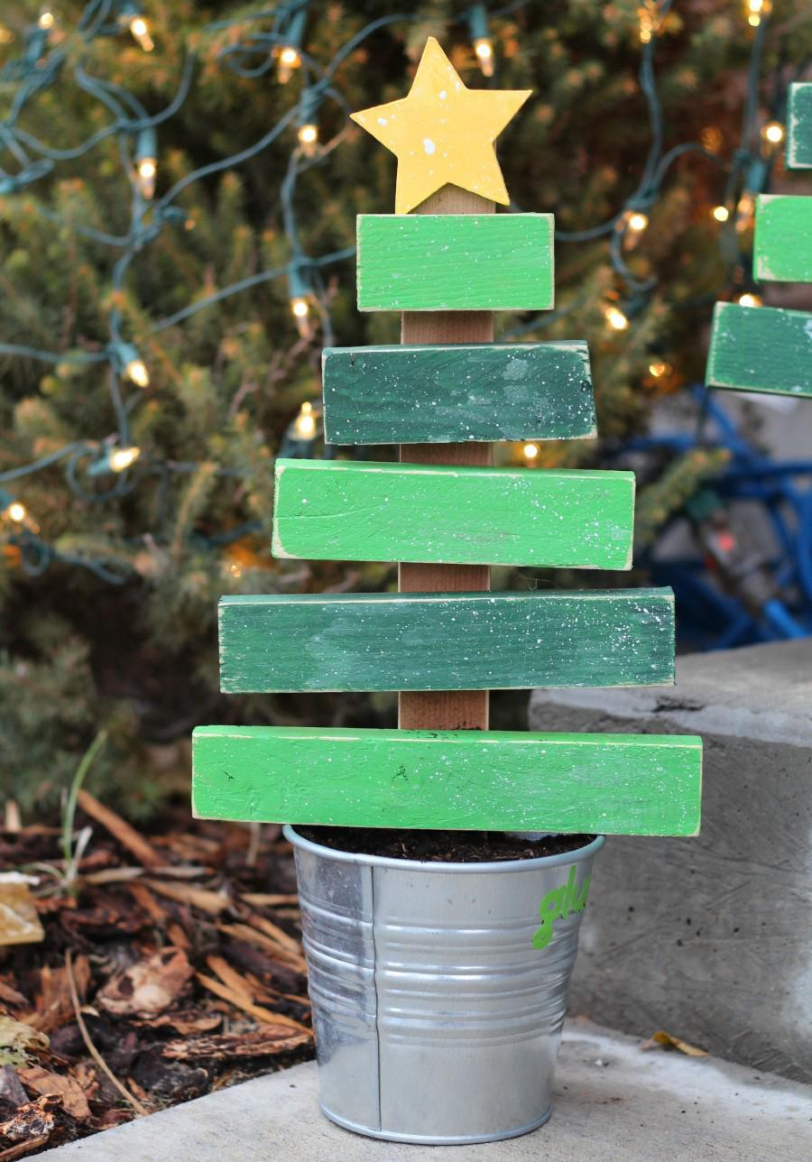 Jak ozdobić ogrod na święta