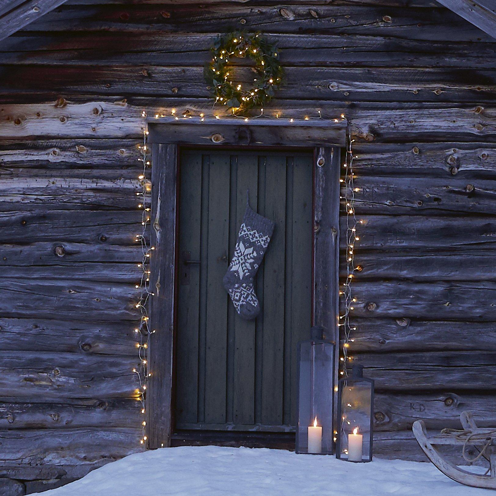 Jak ozdobić drzwi na święta?