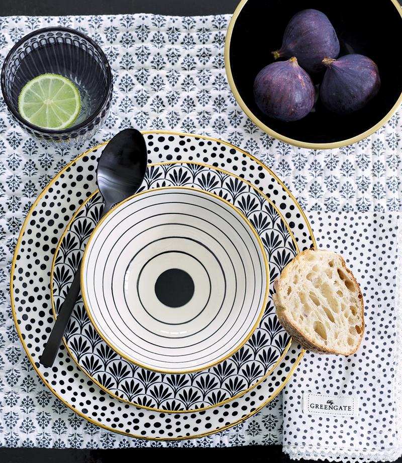 sklepy w stylu skandynawskim zastawa ceramika
